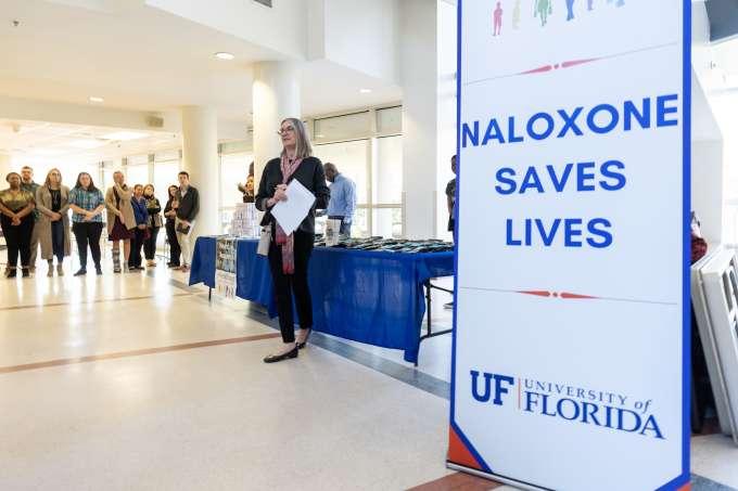 Dr. Linda B. Cottler presents the Naloxone Saves Lives event.